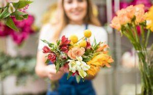 Профессиональная доставка цветов в Кривом Роге – основные плюсы