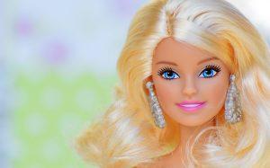 Интернет-магазин MYPLAY: коллекция легендарных кукол Барби на любой вкус