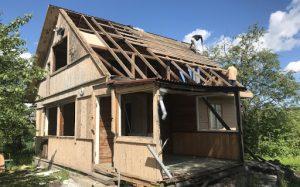 Как демонтировать старый дачный домик