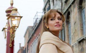 Как стресс и проблемы в семье едва не погубили Анджелину Джоли