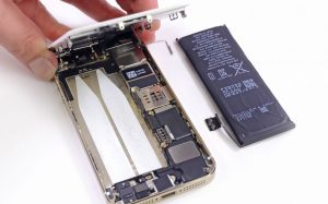 Разбираем iPhone 5