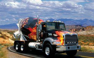 7 предметов, необходимых для водителя грузовика