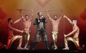 В фильме о «Евровидении» Голливуд не обошелся без геев и Киркорова
