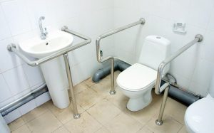 Какие поручни лучше подойдут для ванной комнаты?
