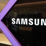 Samsung может убрать зарядку из некоторых комплектов смартфонов