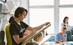 «Kalacheva School»: почему стоит пойти в школу рисования