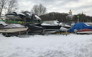 Куда девать яхты и лодки зимой?