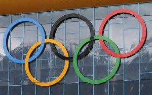 В Японии хотят провести Олимпиаду, несмотря на вирус, но есть проблемы