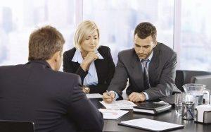 Как найти адвоката по работе с юридическими лицами и таможенным спорам