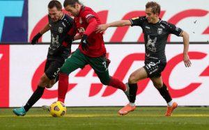 Задание на зиму «Локомотиву»: сбросить балласт и наладить атаку