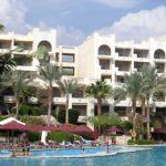 Россияне на каникулах заметно увеличили траты на доступных зарубежных курортах