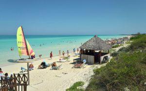 Бали могут открыть для туристов уже летом