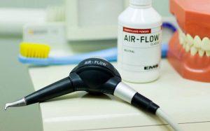 Применение швейцарского аппарата Air Flow