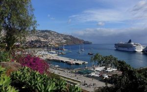 Власти Португалии упростили въезд туристов на остров Мадейра