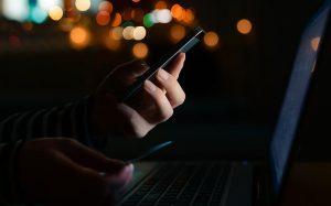 Эксперты выявили более 200 новых мошеннических мобильных приложений