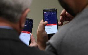Эксперты рассказали об уловках мошенников с мобильным банком