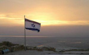 Израиль отказался от ношения защитных масок на улицах