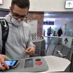 Эксперты предупредили об угрозах при снятии денег с карт через QR-код