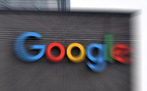 РКН потребовал от Google снять ограничение с приложения «Улица Героев»