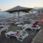 «Некоторые отели трещат»: туристка рассказывает об отдыхе в Алуште