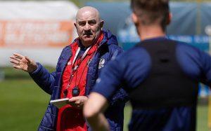 Сборная России проводит тренировку перед матчем с Болгарией. Самошников работает индивидуально