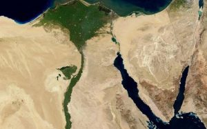 Российским туристам сообщили о возобновлении авиасообщения с Египтом