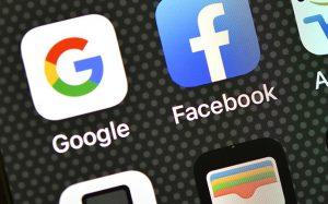 Пушков назвал сроки удаления запрещенного в РФ контента в Google и Facebook