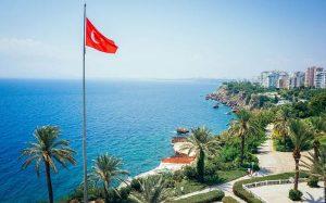 Делегация из России прибыла в Турцию для оценки ситуации с COVID-19