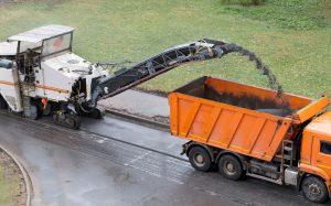 Спецтехника для демонтажа асфальта
