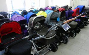 Как правильно выбрать хорошую детскую коляску?