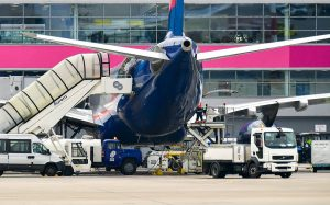 Авиакомпания Qantas отправит 2,5 тыс. сотрудников в отпуск без сохранения зарплаты