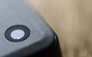 Эксперт назвал признаки удаленного взлома камеры смартфона