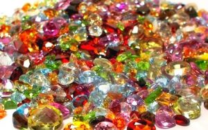 Драгоценные камни от компании Gemstock