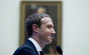 Цукерберг опроверг обвинения бывшей сотрудницы Facebook